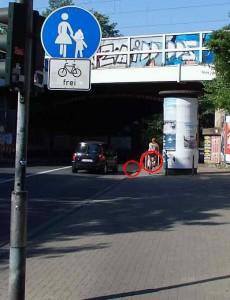 Lindenstraße Litfasssäule Aachener Weiher Inliner Fahrrad Unfall